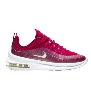 Nike Air Max Axis Woman's Sneaker Size 7.5